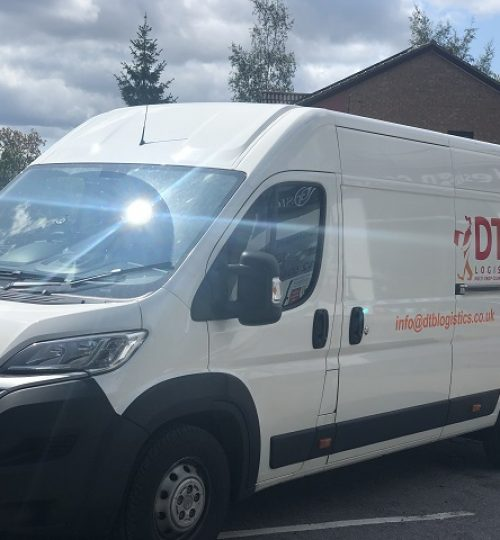 dtb logistics multi-drop courier van image 7
